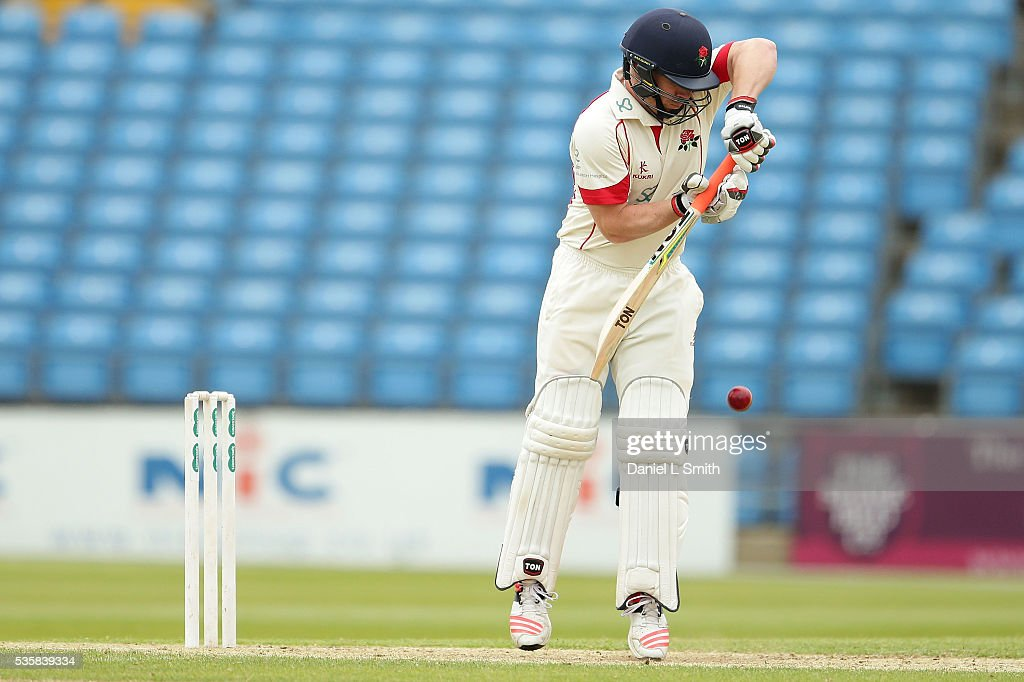Steven Croft (C) of Lancashire bats during day two of the Specsavers County Championship: Division One match between Yorkshire and Lancashire at Headingley on May 30, 2016 in Leeds, England.