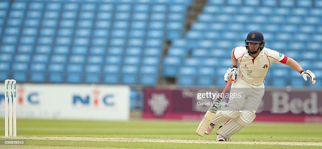 Steven Croft (C) of Lancashire runs during day two of the Specsavers County Championship: Division One match between Yorkshire and Lancashire at Headingley on May 30, 2016 in Leeds, England.