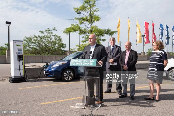 TORONTO ON JULY 13 Steven Del Duca Minister of Transportation Glen Murray Minister of Environment and Climate Change Peter Milczyn MP for...