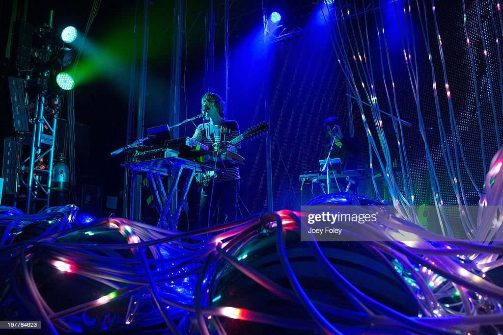 <a gi-track='captionPersonalityLinkClicked' href=/galleries/search?phrase=Steven+Drozd&family=editorial&specificpeople=675693 ng-click='$event.stopPropagation()'>Steven Drozd</a> and Derek Brown of The Flaming Lips performs onstage at Egyptian Room at Old National Centre on April 29, 2013 in Indianapolis, Indiana.