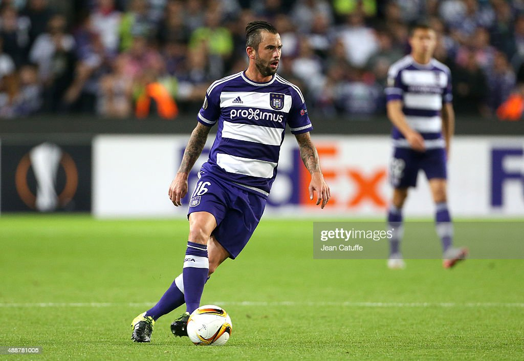 Steven Dufour of Anderlecht in action during the UEFA Europa League match between RSC Anderlecht and AS Monaco FC at Stade Constant Vanden Stock on September 17, 2015 in Anderlecht, Belgium.
