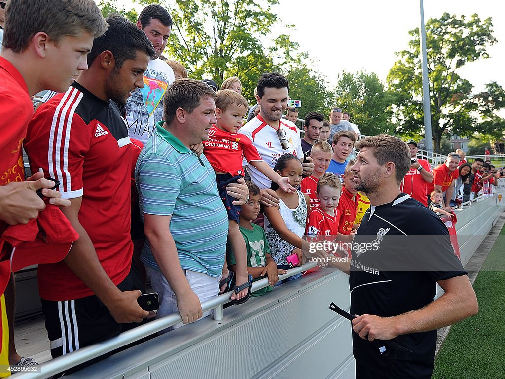 <a gi-track='captionPersonalityLinkClicked' href=/galleries/search?phrase=Steven+Gerrard&family=editorial&specificpeople=202052 ng-click='$event.stopPropagation()'>Steven Gerrard</a> captian of Liverpool taking to fans after a training session at Princeton University on July 28, 2014 in Princeton, New Jersey.