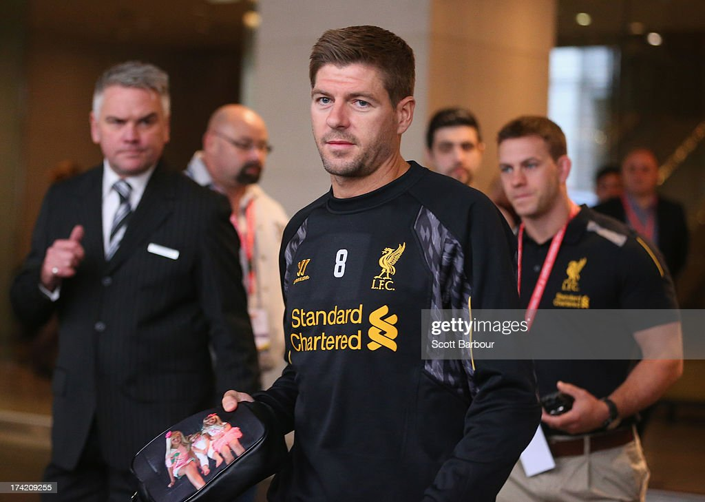 <a gi-track='captionPersonalityLinkClicked' href=/galleries/search?phrase=Steven+Gerrard&family=editorial&specificpeople=202052 ng-click='$event.stopPropagation()'>Steven Gerrard</a> of Liverpool FC walks to the team bus to attend training at the Grand Hyatt on July 22, 2013 in Melbourne, Australia.