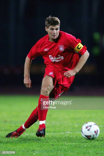 Steven Gerrard of Liverpool in action during the Champions League qualifying match between FBK Kaunas and Liverpool at Stadium SDarius SGireno on...