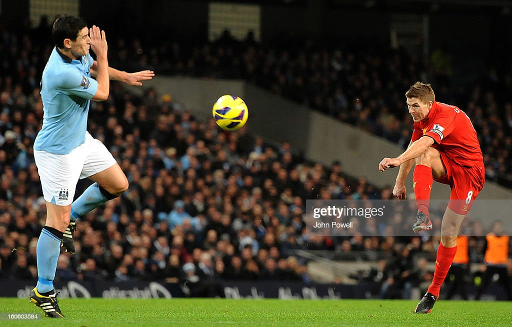 Steven Gerrard of Liverpool scores a goal during the Barclays Premier League match between Manchester City and Liverpool at Etihad Stadium on February 3, 2013 in Manchester, England.