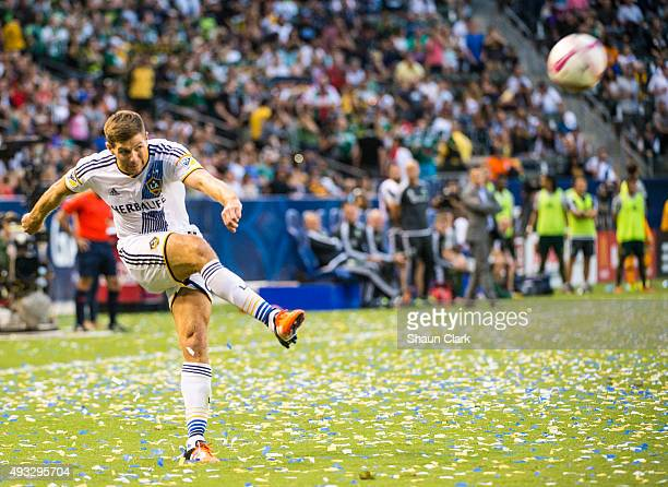 Steven Gerrard of Los Angeles Galaxy crosses the ball during Los Angeles Galaxy's MLS match against Portland Timbers at the StubHub Center on October...