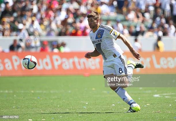 Steven Gerrard of Los Angeles Galaxy paces the ball on the attack in the second half against the New York City FC during the MLS match at StubHub...