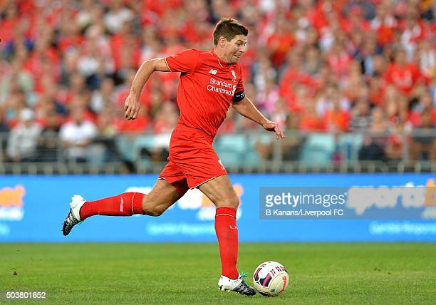 Steven Gerrard of the Liverpool Legends breaks away from the defence during the match between Liverpool FC Legends and the Australian Legends at ANZ...