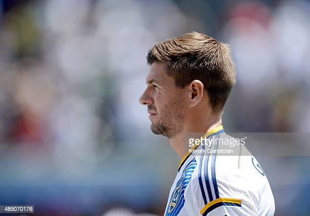 Steven Gerrard of the Los Angeles Galaxy prior to the start of the MLS soccer match between the New York City FC and Los Angeles Galaxy at StubHub...