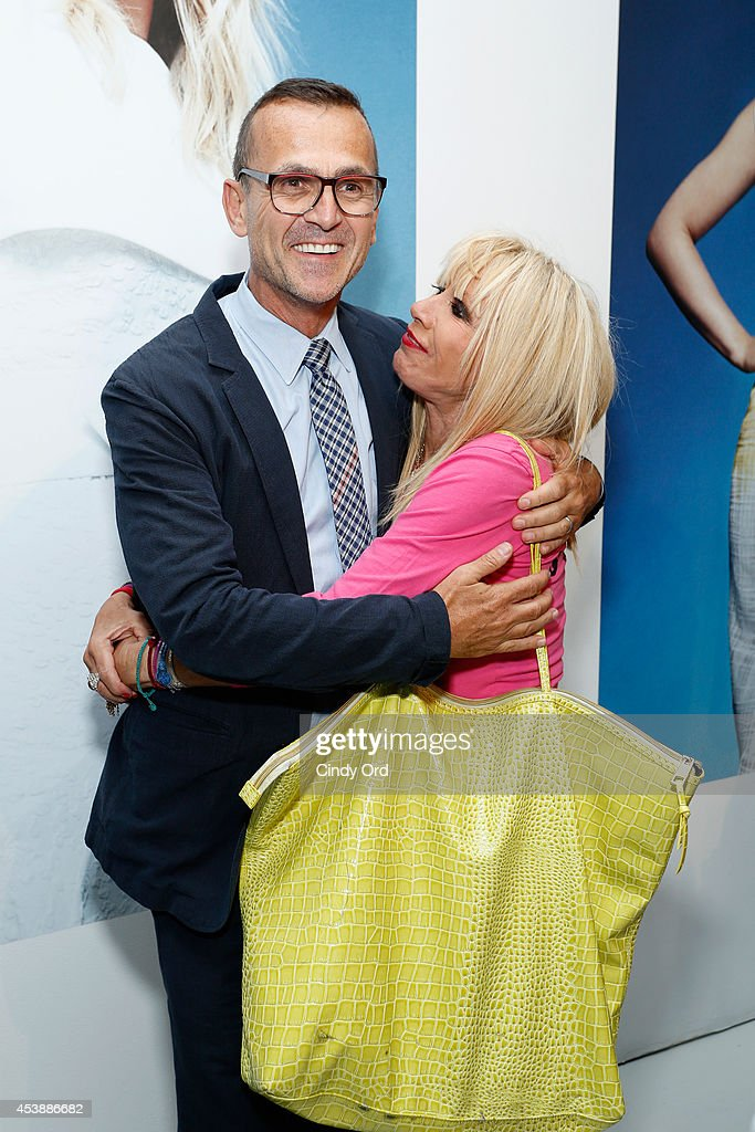 <a gi-track='captionPersonalityLinkClicked' href=/galleries/search?phrase=Steven+Kolb&family=editorial&specificpeople=854812 ng-click='$event.stopPropagation()'>Steven Kolb</a>, Chief Executive Officer at CFDA (L) and fashion designer <a gi-track='captionPersonalityLinkClicked' href=/galleries/search?phrase=Betsey+Johnson+-+Fashion+Designer&family=editorial&specificpeople=4205426 ng-click='$event.stopPropagation()'>Betsey Johnson</a> attend the CFDA Celebrates Fashion Targets Breast Cancer 20th Anniversary event with Maria Sharapova, presented by Porsche at The New Museum on August 20, 2014 in New York City.
