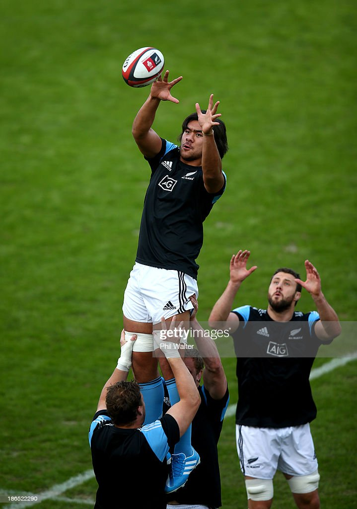 Steven Luatua of the All Blacks collects the ball in the lineout during the New Zealand All Blacks Captain's Run at Prince Chichibu Stadium on...