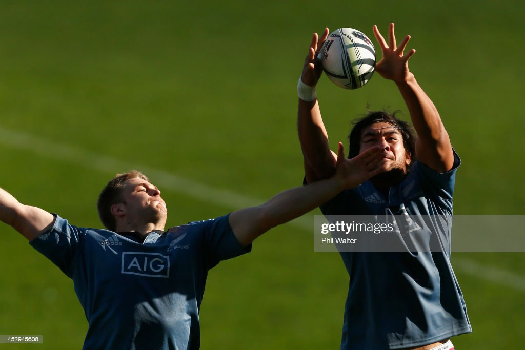 Steven Luatua of the All Blacks (R) takes the ball in the lineout ahead of Sam Cane (L) during a New Zealand All Blacks training session at North Harbour Stadium on July 31, 2014 in Auckland, New Zealand.