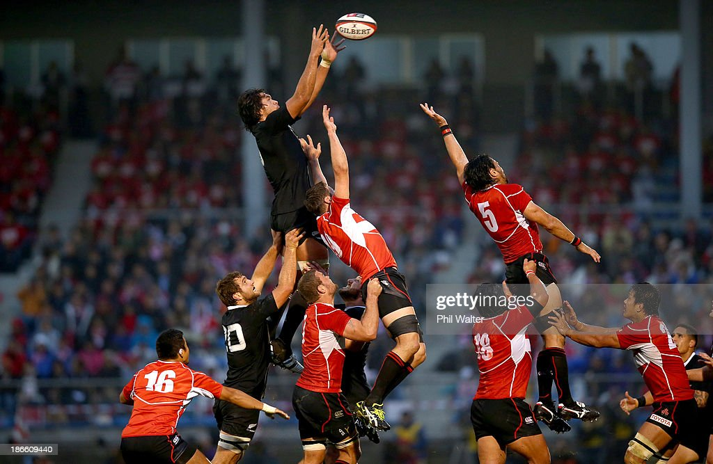 <a gi-track='captionPersonalityLinkClicked' href=/galleries/search?phrase=Steven+Luatua&family=editorial&specificpeople=6164979 ng-click='$event.stopPropagation()'>Steven Luatua</a> of the All Blacks takes the ball in the lineout during the International Rugby Test Match between Japan and the New Zealand All Blacks at Prince Chichibu Memorial Rugby Stadium on November 2, 2013 in Tokyo, Japan.