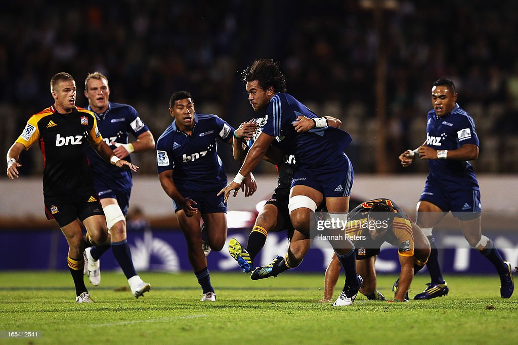 <a gi-track='captionPersonalityLinkClicked' href=/galleries/search?phrase=Steven+Luatua&family=editorial&specificpeople=6164979 ng-click='$event.stopPropagation()'>Steven Luatua</a> of the Blues charges forward during the round seven Super Rugby match between the Chiefs and the Blues at Bay Park on March 30, 2013 in Tauranga, New Zealand.