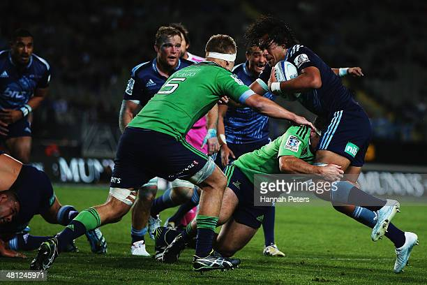 Steven Luatua of the Blues charges forward during the round seven Super Rugby match between the Blues and the Highlanders at Eden Park on March 29...