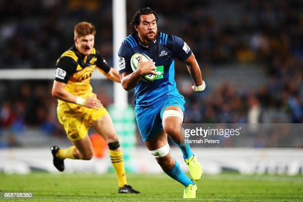 Steven Luatua of the Blues makes a break during the round eight Super Rugby match between the Blues and the Hurricanes at Eden Park on April 15 2017...