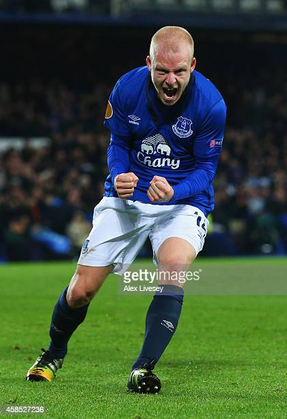Steven Naismith of Everton celebrates as he scores their third goal during the UEFA Europa League Group H match between Everton FC and LOSC Lille at...