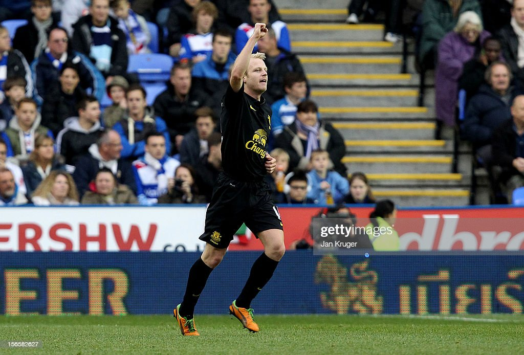<a gi-track='captionPersonalityLinkClicked' href=/galleries/search?phrase=Steven+Naismith&family=editorial&specificpeople=4130861 ng-click='$event.stopPropagation()'>Steven Naismith</a> of Everton celebrates his opening goal during the Barclays Premier League match between Reading and Everton at Madejski Stadium on November 17, 2012 in Reading, England.
