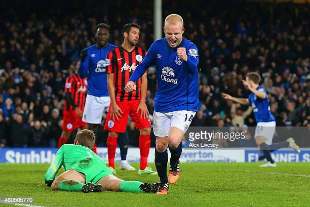 Steven Naismith of Everton celebrates scoring their third goal during the Barclays Premier League match between Everton and Queens Park Rangers at...