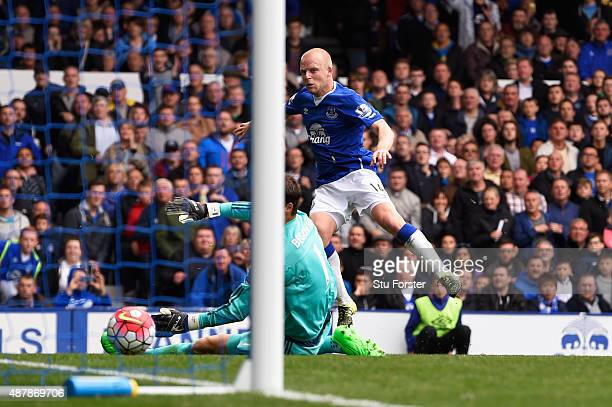 Steven Naismith of Everton scores his hat trick goal during the Barclays Premier League match between Everton and Chelsea at Goodison Park on...