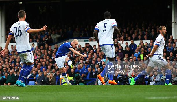 Steven Naismith of Everton scores his team's second goal during the Barclays Premier League match between Everton and Chelsea at Goodison Park on...