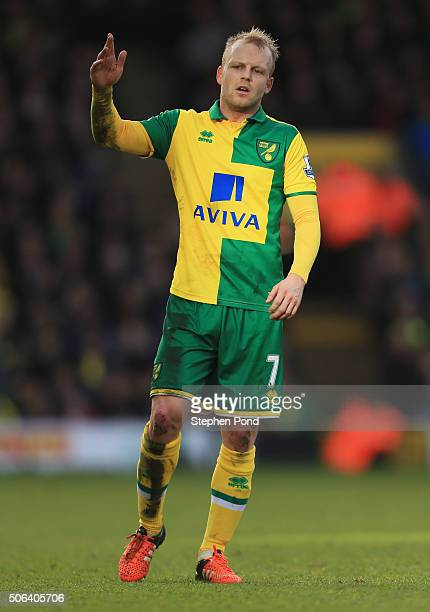 Steven Naismith of Norwich City in action during the Barclays Premier League match between Norwich City and Liverpool at Carrow Road on January 23...