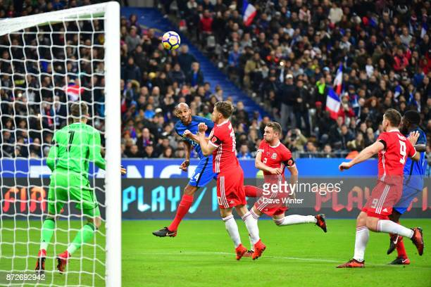 Steven Nzonzi of France heads just wide during the international friendly match between France and Wales at Stade de France on November 10 2017 in...