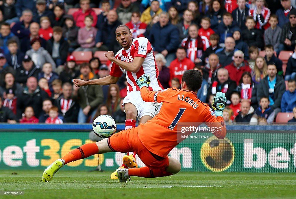 Steven N'Zonzi of Stoke City scores his team's second goal past Hugo Lloris of Tottenham Hotspur during the Barclays Premier League match between Stoke City and Tottenham Hotspur at Britannia Stadium on May 9, 2015 in Stoke on Trent, England.