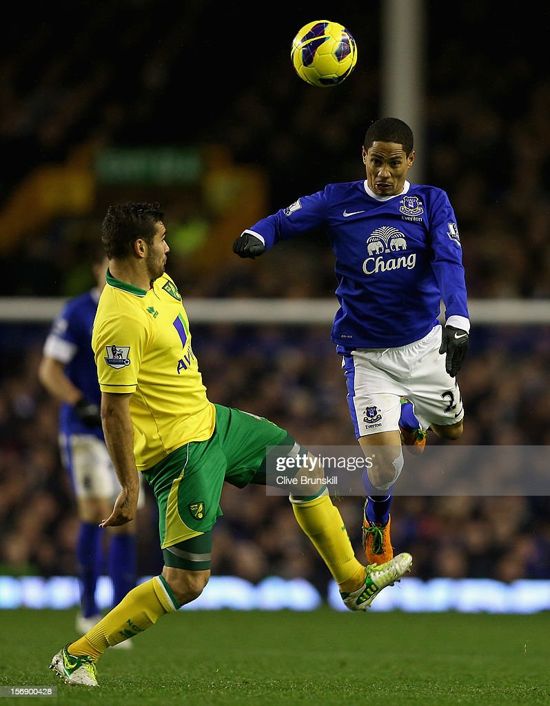 <a gi-track='captionPersonalityLinkClicked' href=/galleries/search?phrase=Steven+Pienaar&family=editorial&specificpeople=787271 ng-click='$event.stopPropagation()'>Steven Pienaar</a> of Everton attempts to head the ball past Bradley Johnson of Norwich City during the Barclays Premier League match between Everton and Norwich City at Goodison Park on November 24, 2012 in Liverpool, England.