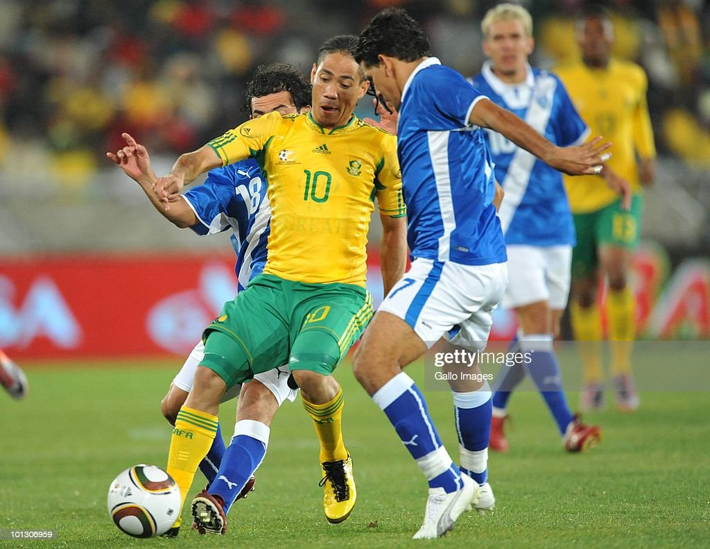 Steven Pienaar of South Africa is double-teamed during an International Friendly match between South Africa and Guatemala at the Peter Mokaba Stadium on May 31, 2010 in Polokwane, South Africa.