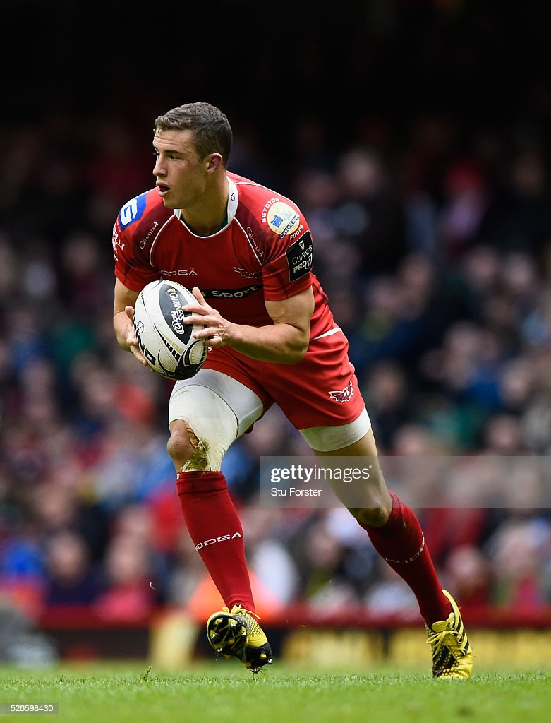 Steven Shingler of the Scarlets in action during the Guinness Pro 12 match between Newport Gwent Dragons and Scarlets at Principality Stadium on April 30, 2016 in Cardiff, United Kingdom.