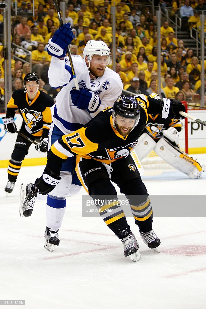 <a gi-track='captionPersonalityLinkClicked' href=/galleries/search?phrase=Steven+Stamkos&family=editorial&specificpeople=4047623 ng-click='$event.stopPropagation()'>Steven Stamkos</a> #91 of the Tampa Bay Lightning skates against Bryan Rust #17 of the Pittsburgh Penguins during the first period in Game Seven of the Eastern Conference Final during the 2016 NHL Stanley Cup Playoffs at Consol Energy Center on May 26, 2016 in Pittsburgh, Pennsylvania.