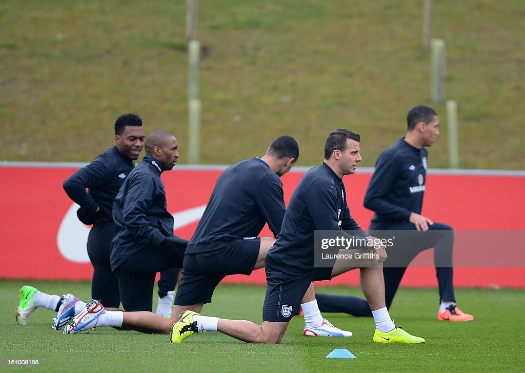 Steven Taylor warms up during a training session at St Georges Park on March 19, 2013 in Burton-upon-Trent, England.