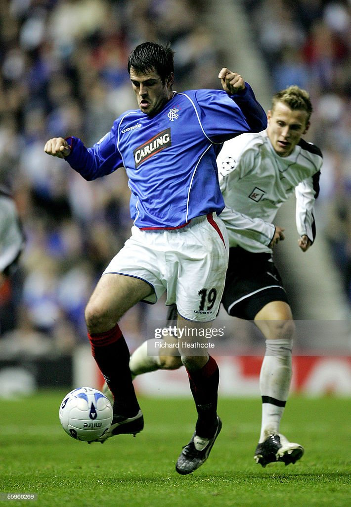 Steven Thompson of the Glasgow Rangers controls the ball during the UEFA Champions League group H match against Artmedia Bratislava held at Ibrox October 19, 2005. in Glasgow, Scotland.