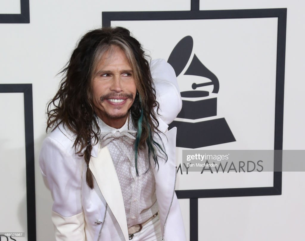 <a gi-track='captionPersonalityLinkClicked' href=/galleries/search?phrase=Steven+Tyler+-+Musician&family=editorial&specificpeople=202080 ng-click='$event.stopPropagation()'>Steven Tyler</a> arrives at the 56th Annual GRAMMY Awards at Staples Center on January 26, 2014 in Los Angeles, California.