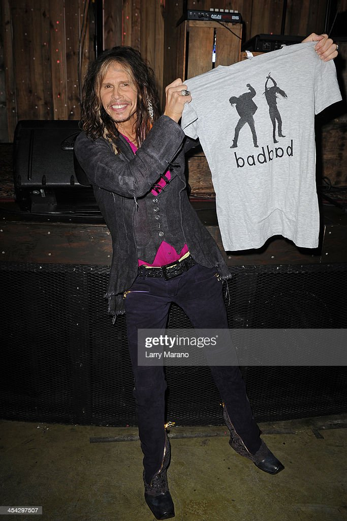 <a gi-track='captionPersonalityLinkClicked' href=/galleries/search?phrase=Steven+Tyler+-+Musician&family=editorial&specificpeople=202080 ng-click='$event.stopPropagation()'>Steven Tyler</a> poses at Stache on December 7, 2013 in Fort Lauderdale, Florida.
