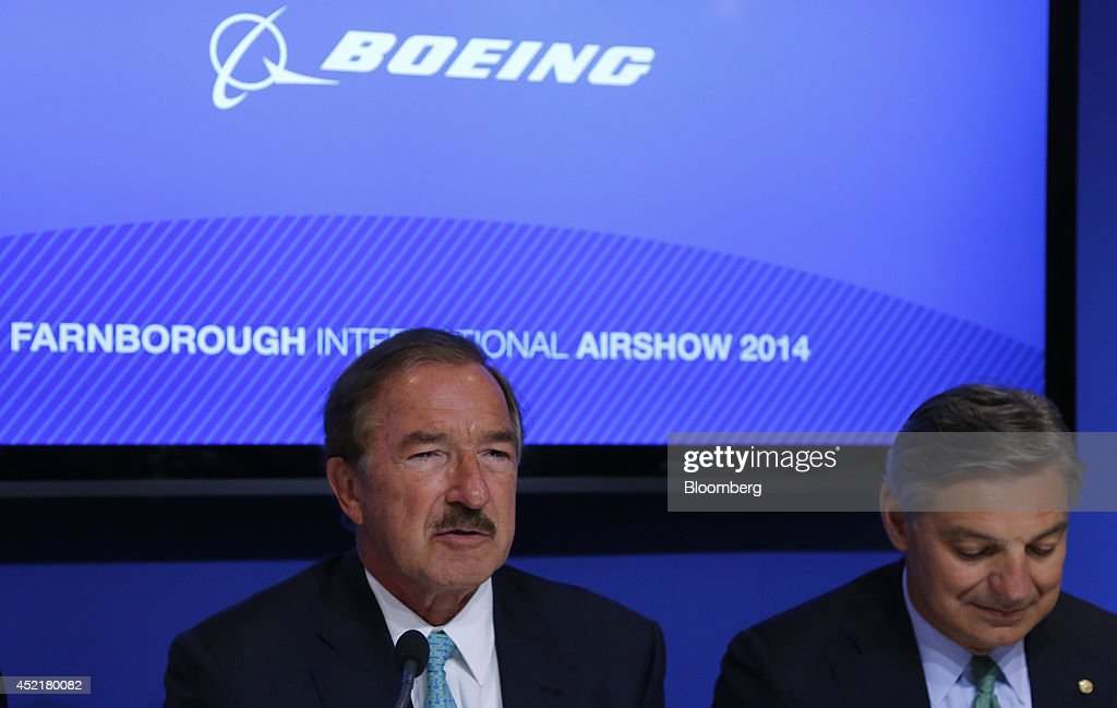 Steven Udvar-Hazy, chief executive officer of Air Lease Corp., left, and Ray Conner, president and chief executive officer of Boeing Commercial Airplanes, attend a news conference on the second day of the Farnborough International Airshow in Farnborough, U.K., on Tuesday, July 15, 2014. The Farnborough International Air Show, which runs July 14-20, is this year's biggest forum for aircraft introductions and sales. Photographer: Paul Thomas/Bloomberg via Getty Images