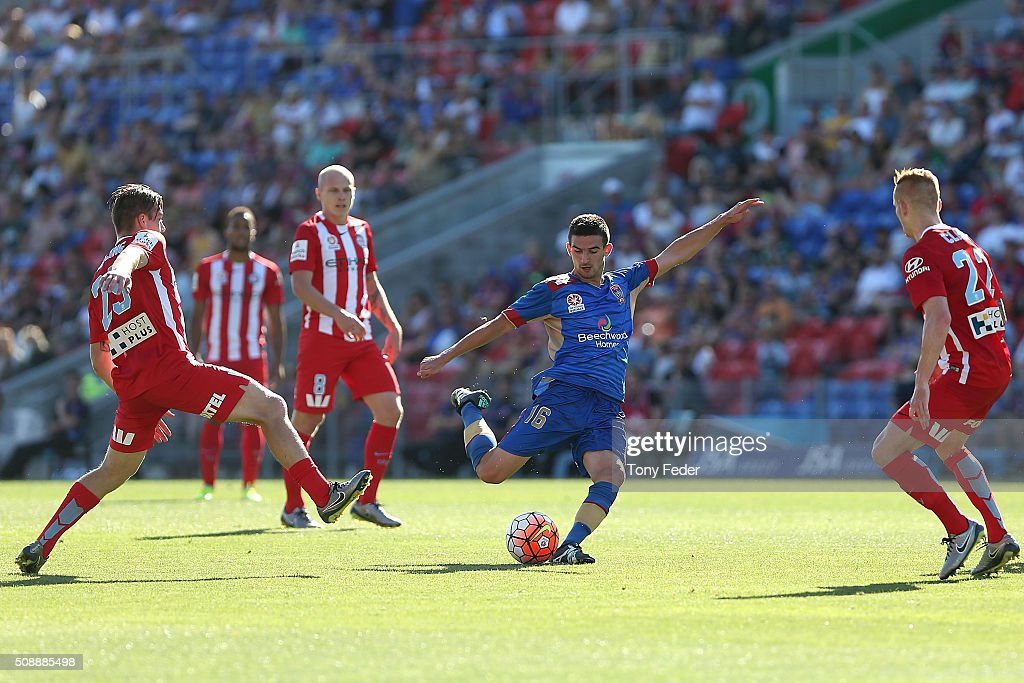 Steven Ugarkovic of the Jets controls the ball during the round 18 A-League match between the Newcastle Jets and Melbourne City FC at Hunter Stadium on February 7, 2016 in Newcastle, Australia.
