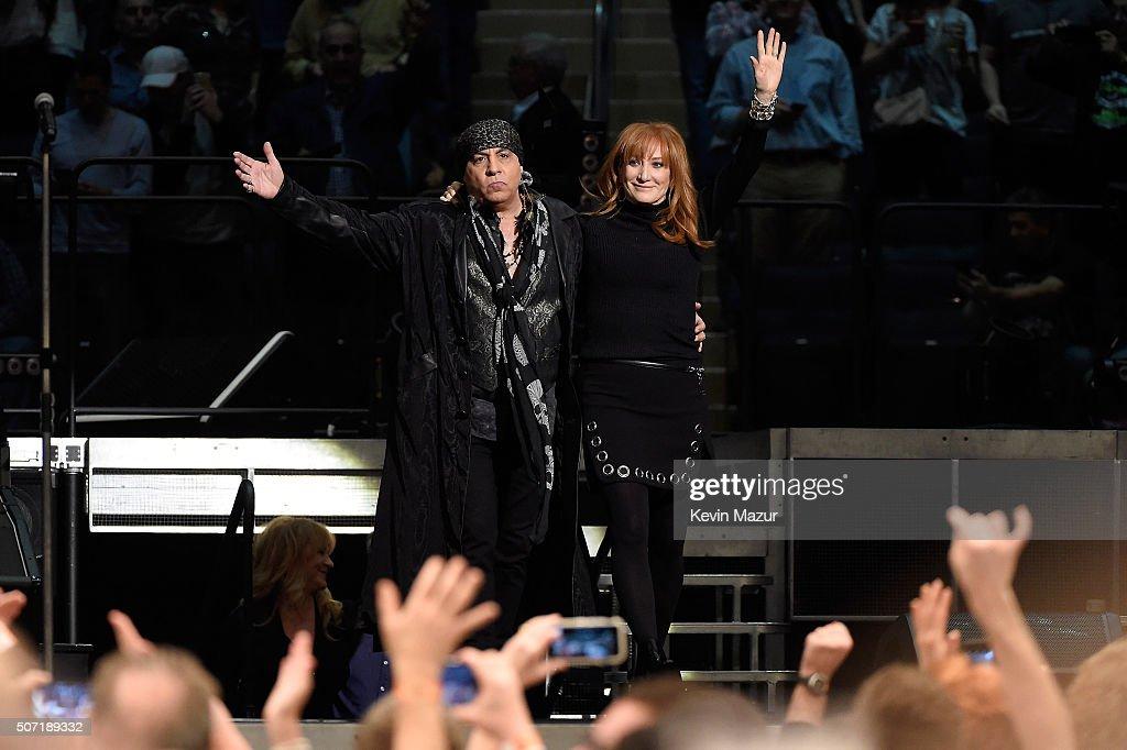 Steven Van Zandt (L) and Patti Scialfa perform at Madison Square Garden on January 27, 2016 in New York City.