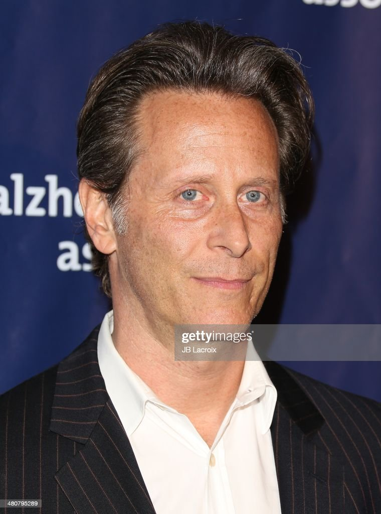Steven Weber attends 'A Night At Sardi's' To Benefit The Alzheimer's Association held at the Beverly Hitlon Hotel on March 26, 2014 in Beverly Hills, California.
