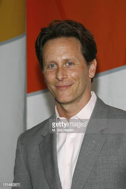 Steven Weber during NBC 20062007 Primetime Preview at Radio City Music Hall in Manhattan New York United States