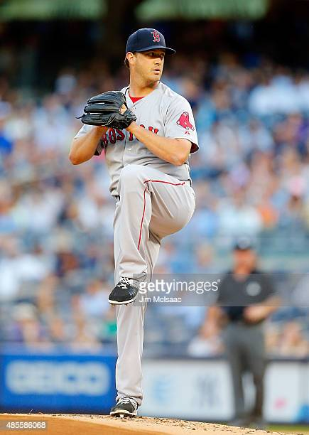Steven Wright of the Boston Red Sox in action against the New York Yankees at Yankee Stadium on August 5 2015 in the Bronx borough of New York City...