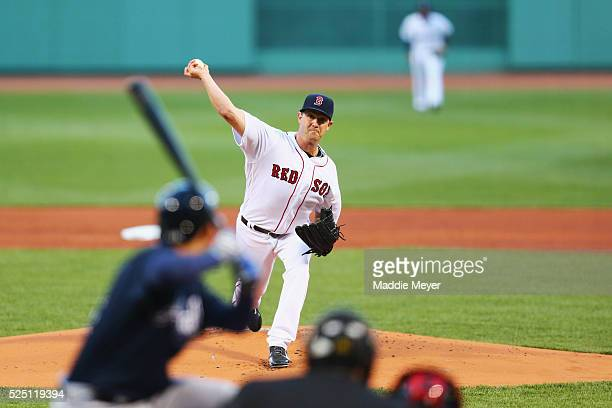 Steven Wright of the Boston Red Sox pitches against the Atlanta Braves during the first inning on April 27 2016 in Boston Massachusetts