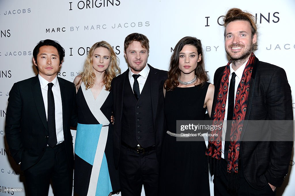 <a gi-track='captionPersonalityLinkClicked' href=/galleries/search?phrase=Steven+Yeun&family=editorial&specificpeople=7249223 ng-click='$event.stopPropagation()'>Steven Yeun</a>, <a gi-track='captionPersonalityLinkClicked' href=/galleries/search?phrase=Brit+Marling&family=editorial&specificpeople=701867 ng-click='$event.stopPropagation()'>Brit Marling</a>, <a gi-track='captionPersonalityLinkClicked' href=/galleries/search?phrase=Michael+Pitt&family=editorial&specificpeople=207164 ng-click='$event.stopPropagation()'>Michael Pitt</a>, Astrid Bergès-Frisbey, and <a gi-track='captionPersonalityLinkClicked' href=/galleries/search?phrase=Mike+Cahill+-+Director+-+Born+1979&family=editorial&specificpeople=12938546 ng-click='$event.stopPropagation()'>Mike Cahill</a> attend the 'I Origins' screening at Sunshine Landmark on July 10, 2014 in New York City.