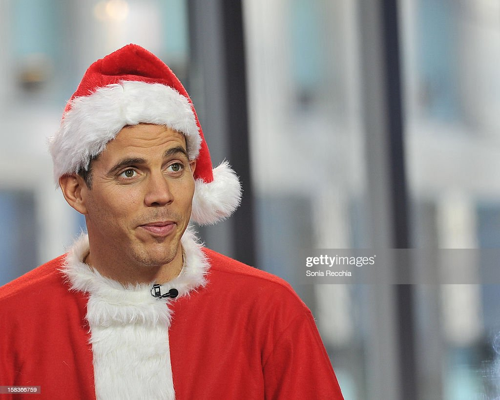 <a gi-track='captionPersonalityLinkClicked' href=/galleries/search?phrase=Steve-O&family=editorial&specificpeople=218102 ng-click='$event.stopPropagation()'>Steve-O</a> Appears On The Morning Show -at The Morning Show Studios on December 14, 2012 in Toronto, Canada.