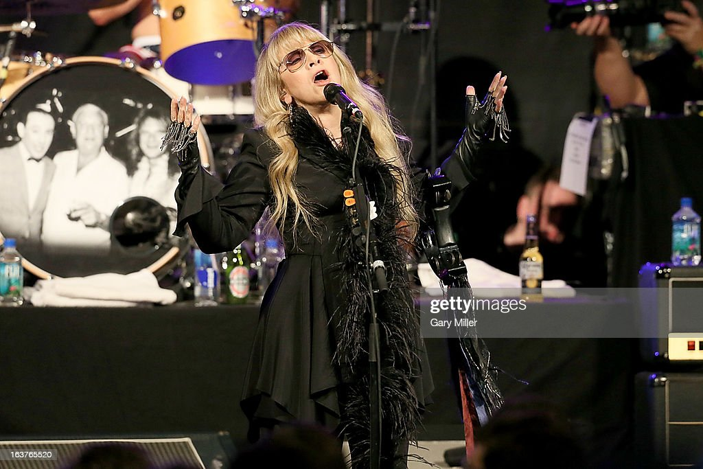 <a gi-track='captionPersonalityLinkClicked' href=/galleries/search?phrase=Stevie+Nicks&family=editorial&specificpeople=212751 ng-click='$event.stopPropagation()'>Stevie Nicks</a> performs in concert at the Sound City showcase at Stubbs BBQ during the South By Southwest Music Festival on March 14, 2013 in Austin, Texas.
