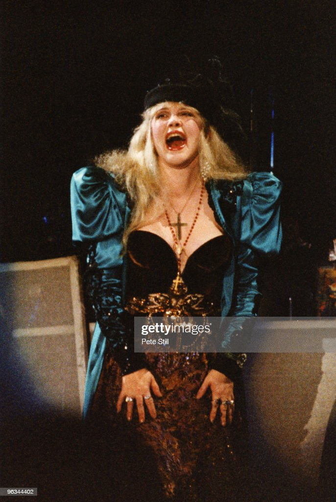 Stevie Nicks performs on stage at Wembley Arena on her solo tour 'The Other Side of the Mirror', on November 28th 1989 in London, United Kingdom.