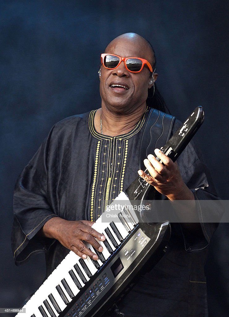 <a gi-track='captionPersonalityLinkClicked' href=/galleries/search?phrase=Stevie+Wonder&family=editorial&specificpeople=171911 ng-click='$event.stopPropagation()'>Stevie Wonder</a> performs on Day 2 of the Calling Festival at Clapham Common on June 29, 2014 in London, England.