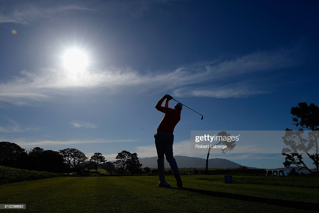 <a gi-track='captionPersonalityLinkClicked' href=/galleries/search?phrase=Stewart+Cink&family=editorial&specificpeople=239533 ng-click='$event.stopPropagation()'>Stewart Cink</a> plays his tee shot on the fifth hole during the final round of the AT&T Pebble Beach National Pro-Am at the Pebble Beach Golf Links on February 14, 2016 in Pebble Beach, California.