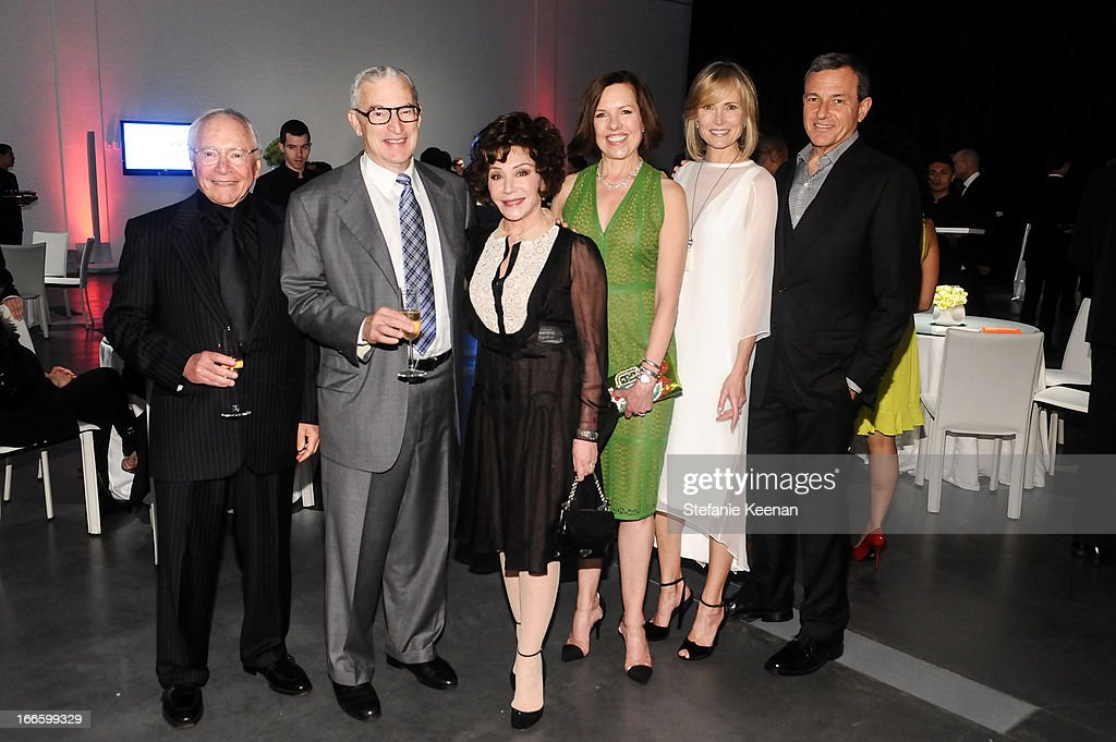 Stewart Resnick, Joe Wender, Lynda Resnick, Ann Colgin, Willow Bay and Bob Iger attend LACMA's 2013 Collectors Committee - Gala Dinner at LACMA on April 13, 2013 in Los Angeles, California.